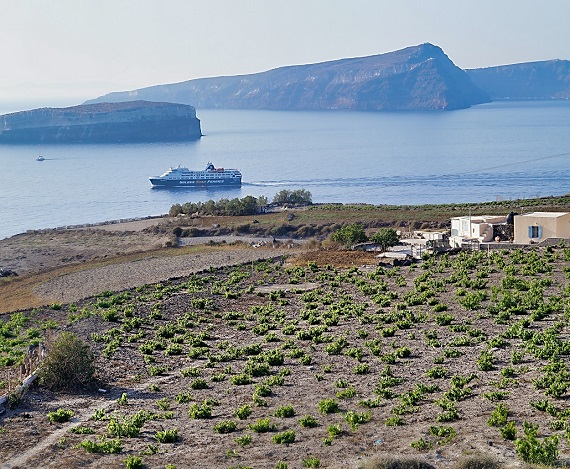 The Location of the Resort Alisaxni, Santorini