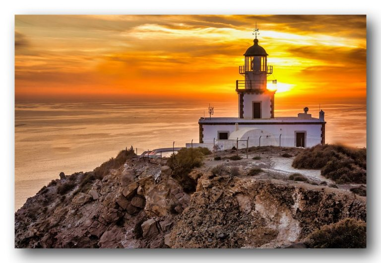 LightHouse Santorini Sunset